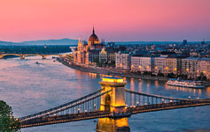 Små storbyferierStorbyferie i bl.a. Amsterdam, New York, Paris og Budapest.