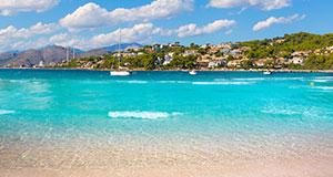 Fynda sommarsemesternFynda sommarens semesterresa nu när utbudet är som störst och priserna som bäst.