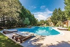 Eget hus till sommarenPassa på att boka ditt egetdrömhus till semestern. Precis som du själv vill ha det.