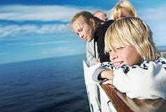 Barn reser gratis med Stena LineJust nu: Barn upp till 15 år reser gratis med i bilen med Stena Line på Göteborg-Fredrikshavn och Varberg-Grenå!