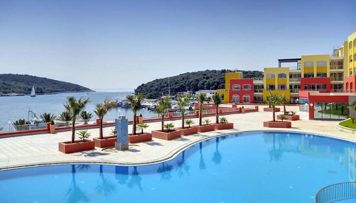 Sommar i KroatienToppmodern1-rumslägenhet i Pula - 7 nätter för 2 vuxna & 2 barn, prisfr. 7.224 kr!