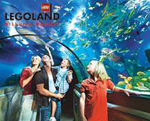 LEGOLAND® BillundDen største børnefavorit over dem alle. Udover alle legoklodserne, nærmere bestemt 60 millioner klodser, findes der desuden masser af sjove og spændende attraktioner og 4D-film. Åbningstid:Marts til og med 29. oktober.