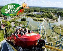 Park Asterix Nöjespark och gallisk by utanför Paris var du träfferAsterix, Obelix och alla deras vänner. Öppetider: april- oktober.