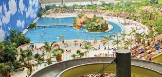 Tropical Island Europas största tropiska badland, lite söder om Berlin. Egen sandstrand, bo i tält, hotellrum eller husvagn. Entrebiljetter inkl. Öppetider: året om.
