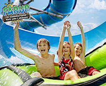 """Fårup SommerlandEn dejlig forlystelsespark for børn i alle aldre. Vandlandet """"Aquapark"""" tilbyder skøn afkobling i solen, vilde rutchebaner og andre betagende oplevelser, bølgebassin og vandkanoner. Åbningstider: April til og med september."""