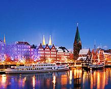 Historiallinen Bremen.Musiikin ystäviä ilahduttaa joulumarkkinoiden lisäksi Bremenin lukuisat adventti- ja urkukonsertit. Joulumarkkinat: 24/11-23/12.