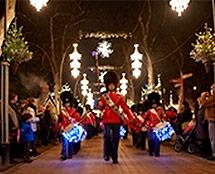 Afslappende ÅrhusOplev julen som danskerne har fejret den i århundreder i Den Gamle By. Jul i Århus: 17/11-23/12
