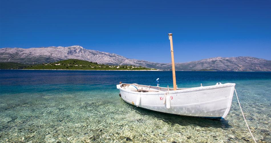 Chorwacja 2018Lato w Chorwacji to gwarantowana pogoda, dobre jedzenie i przyjaźnie nastawieni ludzie. Ty decydujesz, czy chcesz zatrzymać się w hotelu, wynająć apartament czy może domek.